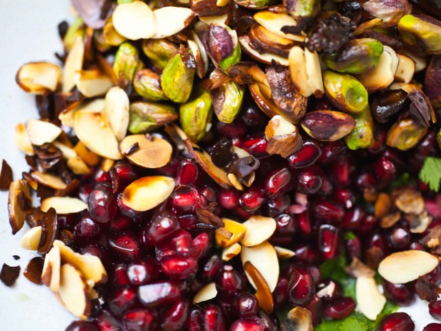 The Local Rose shared a seasonal and healthy holiday recipes for a festive pomegranate pistachio quinoa side dish.