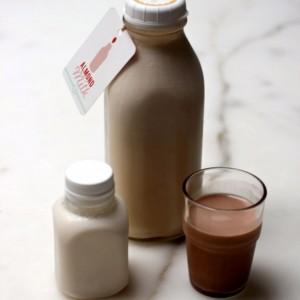 almond-milk-682x1024