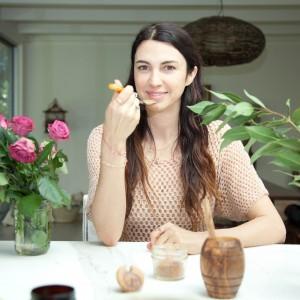 manuka honey, home remedies, natural remedies, The Local Rose, Shiva Rose