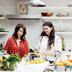 The Local Rose teams up with musician, singer, chef and blogger Free Dominque who shares how to preserve lemons to enhance any recipe, from pasta to chicken dishes.