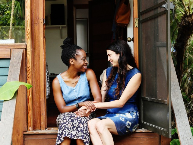 The Local Rose shares an interview with doula, pregancy and nursing expert Erica Chidi, the founder of Mama's Circle, a service and blog for expectant mothers.