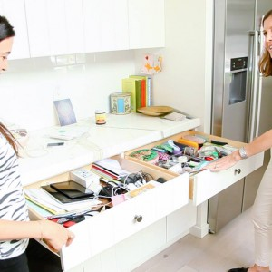 The Local Rose invites Lisa Viscardi into your home to declutter, clean and clear unnecessary stuff, turning chaos into clarity.