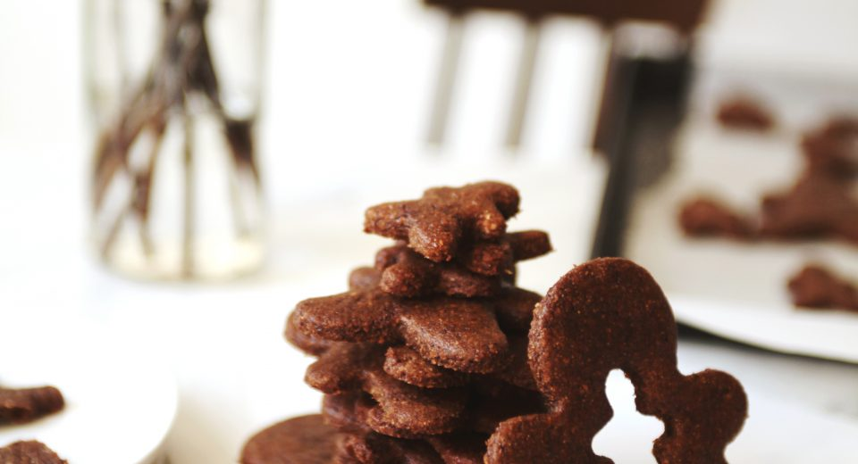 Healthy Holiday Gingerbread Cookies ~ by My New Roots